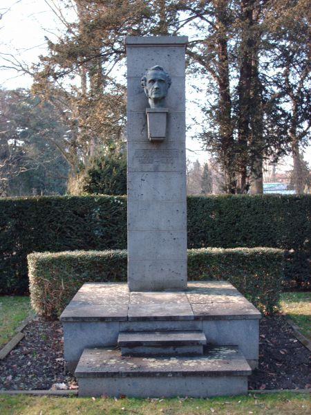 Liebigdenkmal