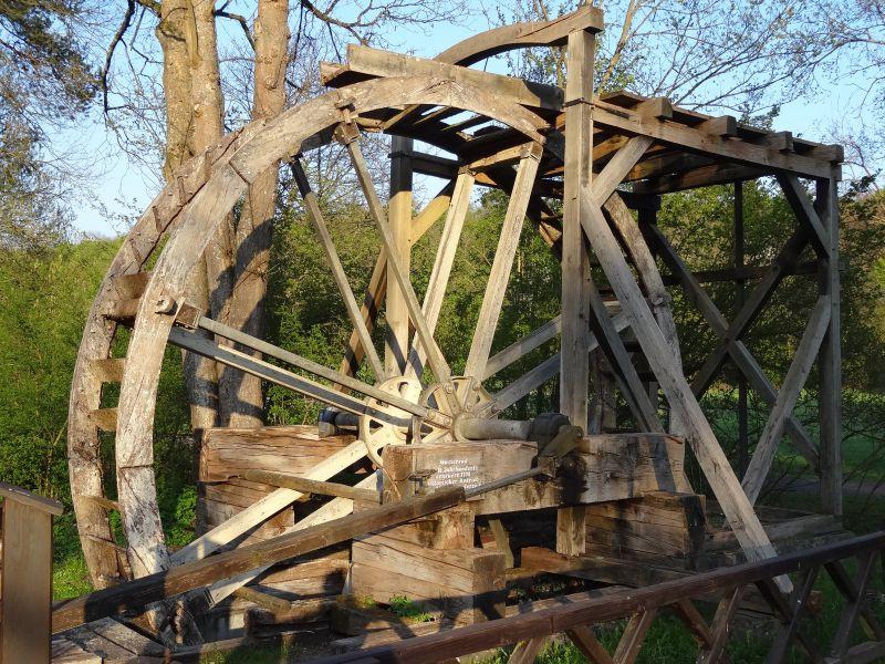 Wasserrad und Stangenkunst im Kurpark